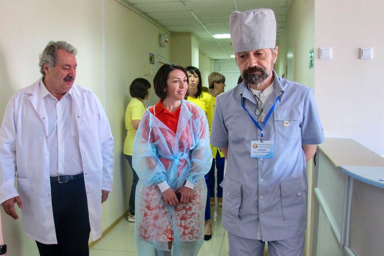 И. о. министра здравоохранения Оренбургской области Татьяна Савинова сегодня познакомилась с работой круглосуточного стационара нашей больницы!
