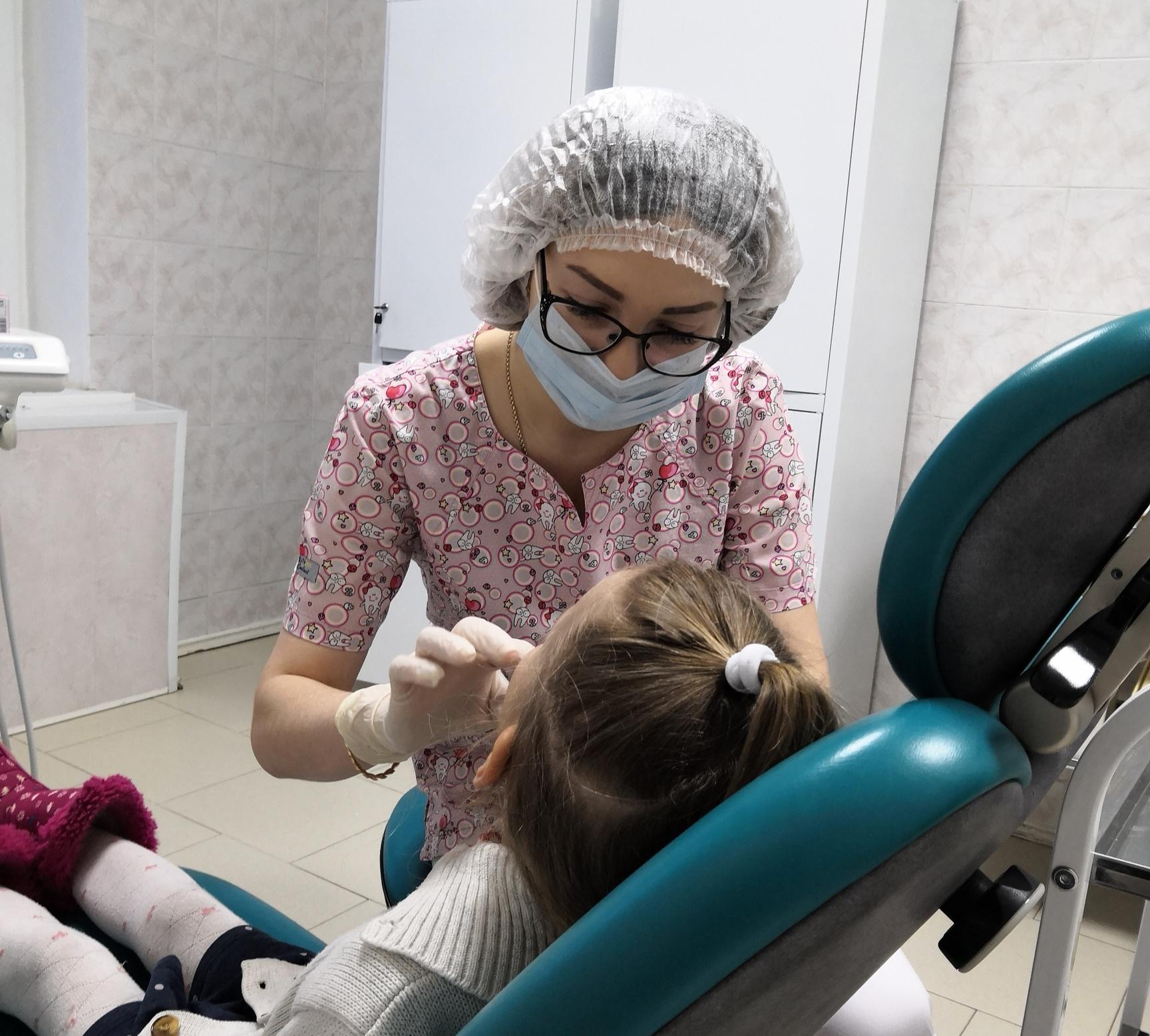 В ДГКБ начал вести прием врач-ортодонт